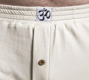 antaranga-organic-cotton-boxershorts-underwear-b-light_coconut-button_2
