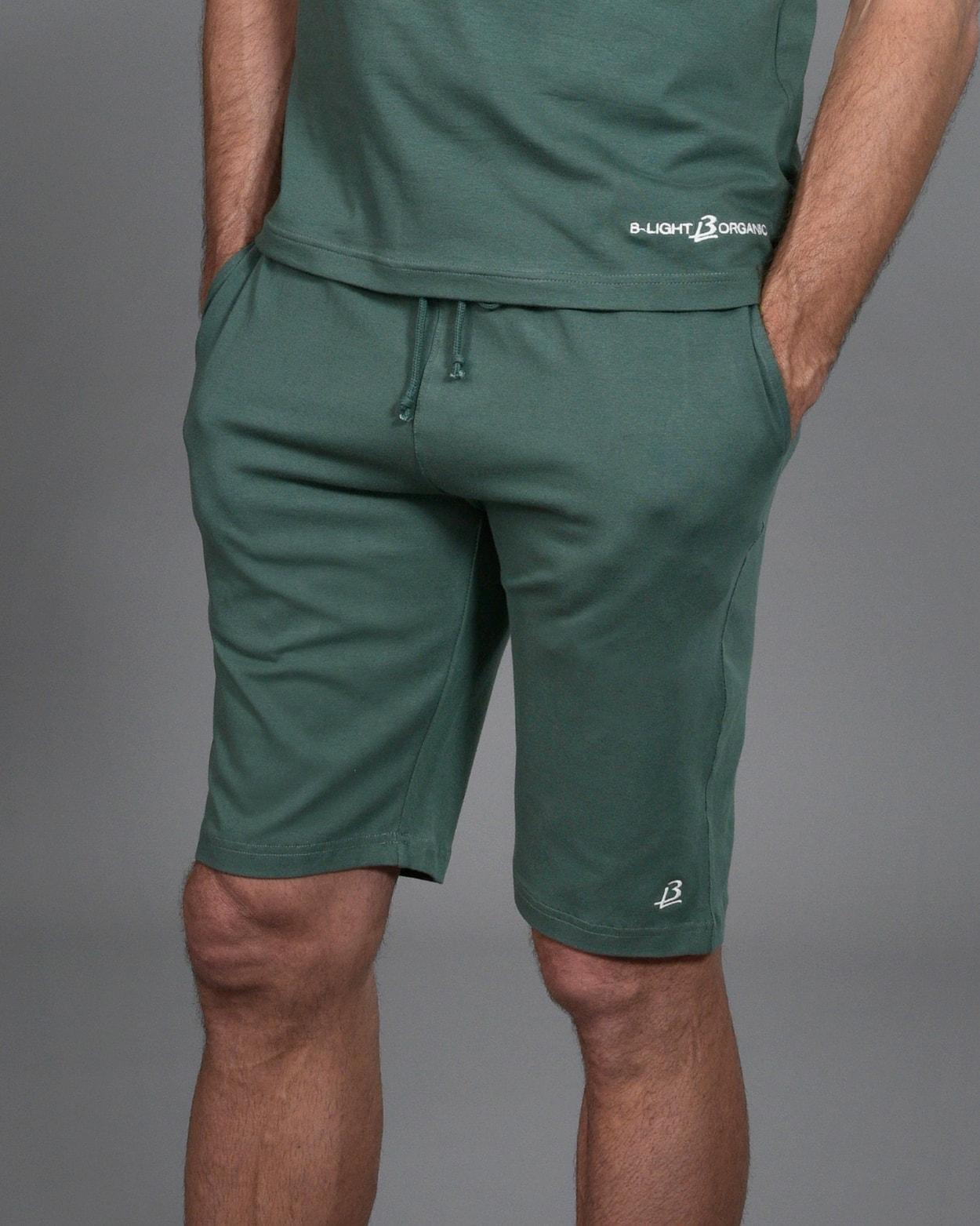 b-light-organic-clothes-shorts-ghutana-green-mattias-sunneborn-1