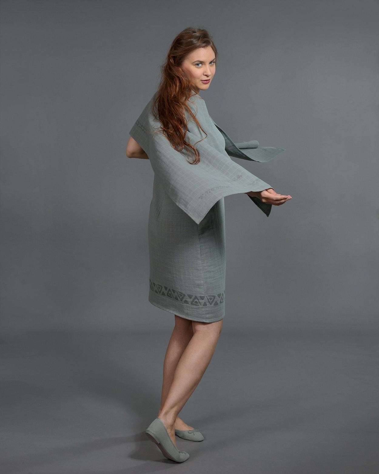 b-light-organic-cotton-shawl-green-1-